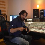 Francesco Lupi with SE Electronics at Tube Recording Studio
